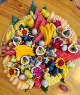 מגש פירות ענק